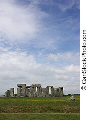 Stonehenge 001 - In UK