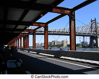 Road to Queens - On the road to Queens: FDR Drive