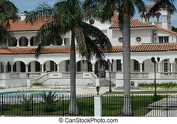 Luxurious mansion in Miami Beach, F