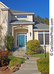 Upscale house - Front enterance to an upscale house