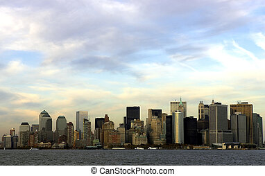 downtown manhattan - view of downtown manhattan at dusk from...