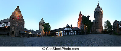 Castle Yard 360 Panorama - A 360 degree seamlessly...