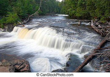 michigan, cascada