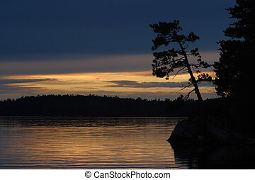 Namakan Sunset - Sunset on Namakan Lake from McManus Island...
