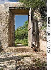 Open door - Island Curacao