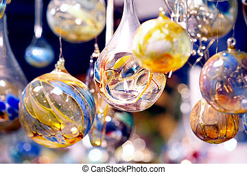 crystal balls with candle - Glaskugeln mit Kerzen - bluish...