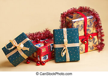 Weihnachtsgeschenke - Christmas presents - vier...