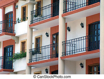 mex_houses - colonial house in Mexico