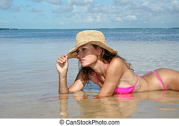 pav01 - girl on beach