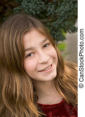 Maggie 13 - Photo of an attractive pre-teen girl