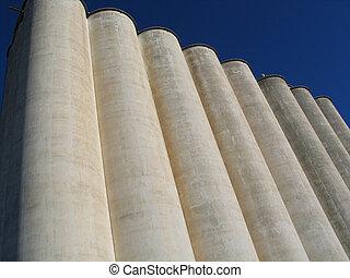 grain elevator in Anthony, KS