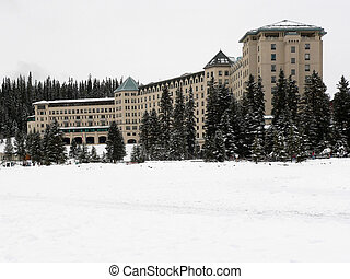 Chateau Lake Louise in Winter - Chateau Lake Louise resort...