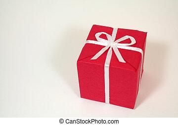 gift box - red gift box