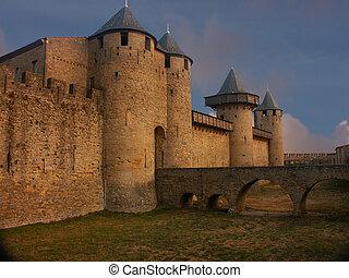 Carcasonne, 城堡