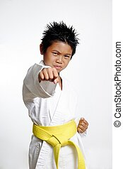 niño, amarillo, cinturón