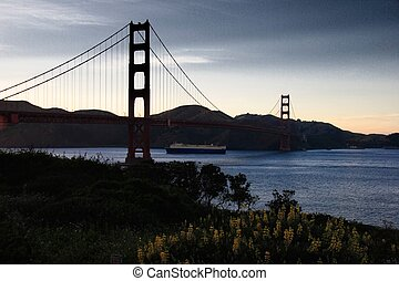 golden gate bridge - Silhouette of Golden Gate Bridge