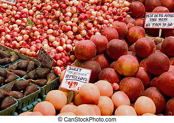 Fresh fruit - Fresh produce on Seattle market place