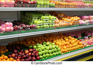 Apples and Oranges - Apples and oranges in the grocery