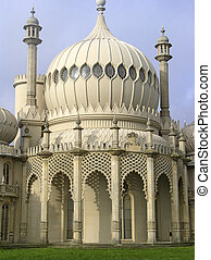 Brighton pavillion - The extraordinary landmark on the...