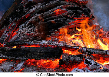 Primal Fire Power - Wood fire with flames, charcoal smoke...