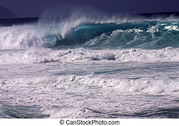 Huge Wave IV