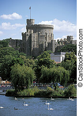Windsor Castle - The Round Tower of Windsor Castle with a...