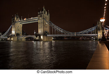 Tower Bridge #1 - The bascule Tower bridge in London, Night...