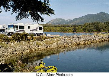 RV, campamento