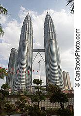 Petronas Twin Towers - Petronas Towers, Kuala Lumpur,...