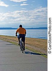 Summer exercise - Loosing weight with bicycle