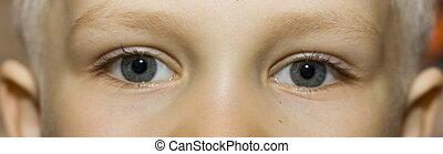 eyes - little boy