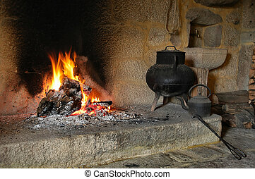 Fireplace - Traditional fireplace