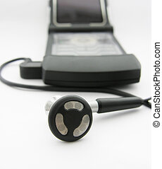 Hands free earphone and mobile phone