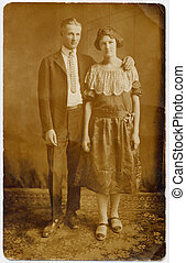 1920\\\'s Couple Weddin - Vintage 1920\\\'s Portrait of...