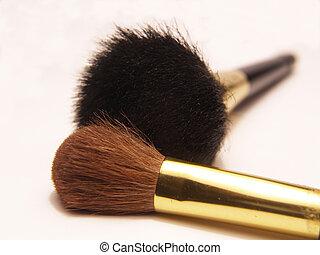makeup brushes - loose powder and blush brush