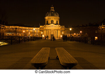 "The French Institute - ""Le pont des Arts\"" by night with..."