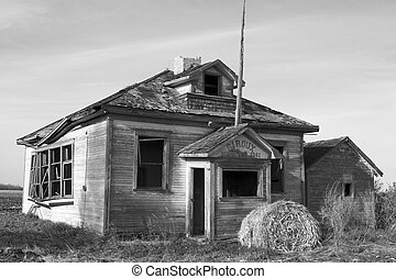 Old School House - Old school house in giroux manitoba...