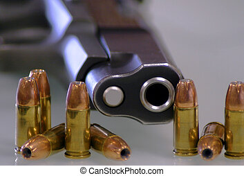 9MM 2 - Pistol and ammo