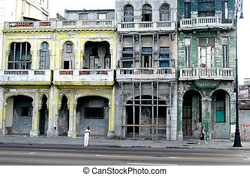 Havana Street Scene - Colonial Buildings in old town Havana,...
