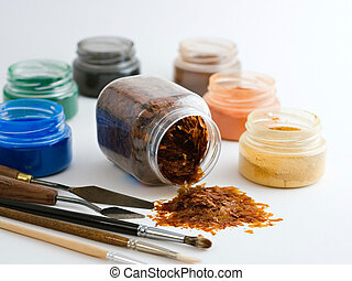 Art material - Powder pigments and laquer flakes on a white...