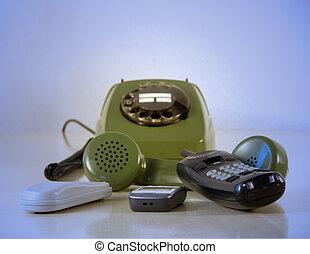 Phones - Anlog phones with broken dialer and mobil phones