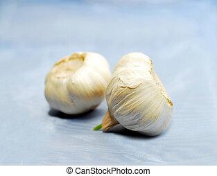 Garlic on blue