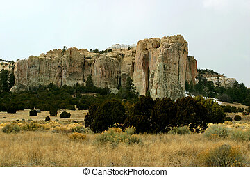 El Moro, the signature rock in New Mexico People traveling...