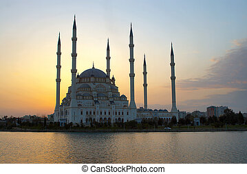 Glowing Mosque - After sunset glow behind the Mosque in...