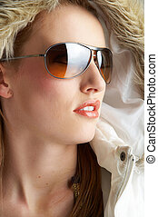 sun glasses - Young girl with Sunglasses