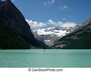 Lake Louise - Beautiful Lake Louise, Banff Alberta, Canada...