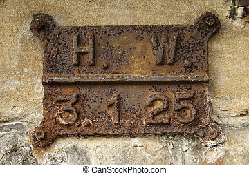 sign 3125 - sign with the year 1925 - Jan 3 1925 - 131925...