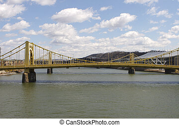 Pittsburgh Bridge - Bridges in Pittsburgh, PA