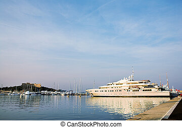Antibes #244 - A harbor in Antibes, France. Pstel colours....