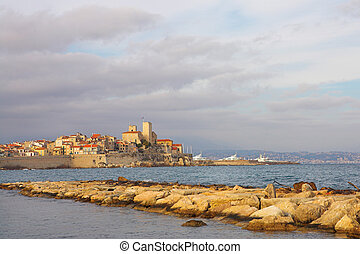 Antibes 82 - The bay of Anges, Antibes France